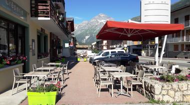 hotel alpazur-val cenis-terrasse exterieure