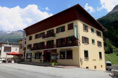 hotel alpazur-val cenis-façade