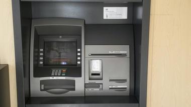 Distributeur bancaire CA Aussois