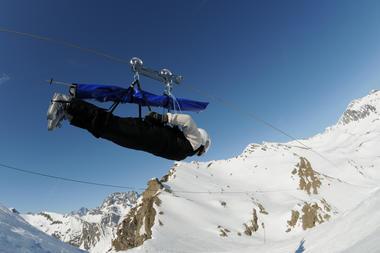 Tyrolienne au sommet du Drouvet