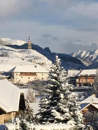 La Maison Abeil-Hautes Alpes-chambres d'hôtes