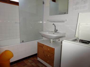 Salle de bain Meublé Monjanel La Marrons Chaillol