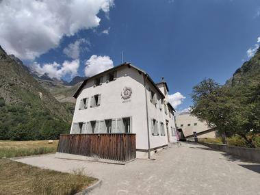 Bureau d'accueil touristique et Maison du parc à La Chapelle en Valgaudemar