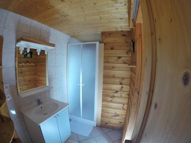 aussois-le-croe-location-meublee-gleizal-salle-bain-douche