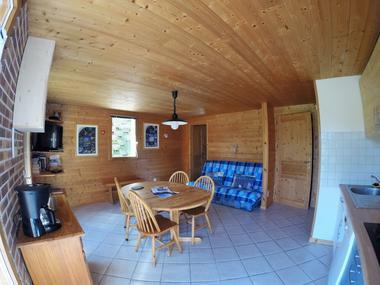 aussois-le-croe-location-meublee-gleizal-sejour-cuisine-entree-chambre