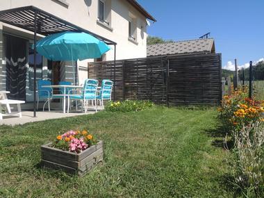 jardin Meublé Mme ATHENOUR Location Les Astiers Saint Bonnet en Champsaur