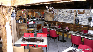 val-cenis-lanslevillard-restaurant-estanco