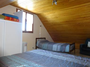 Chambre haut Meublé Mme CESMAT D Location Ancelle