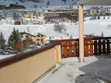 Terrasse de l'appartement en hiver