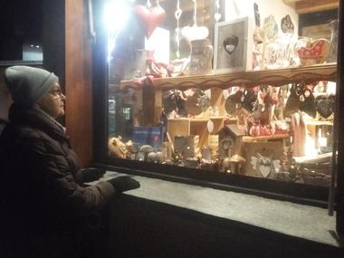 bessans-commerces-coin-hiver-vitrines