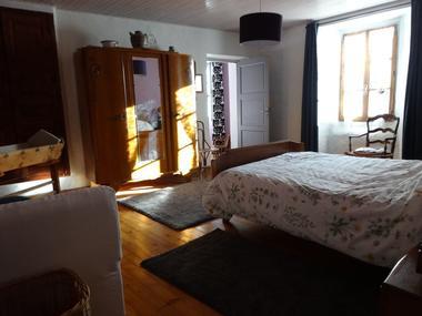Chambre 2 Meublé Mme BEGUIN H Champoléon