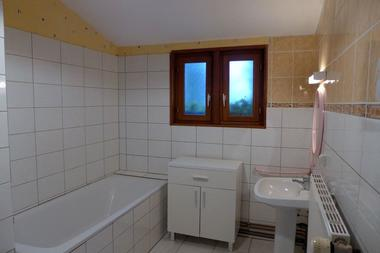 gite haute marne frampas 52g73 salle de bains.