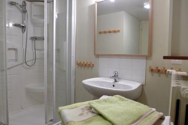 gite parc national haute marne giey sur aujon 52g321 salle de bain.