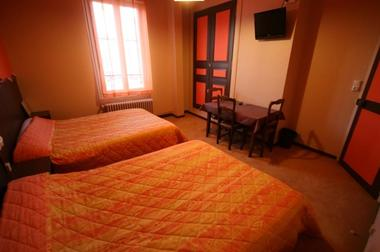 champagne 52 saint dizier hotel le picardy chambre 1.