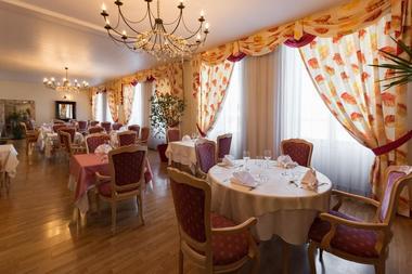 champagne 52 saint dizier hotel de champagne salle de restaurant.