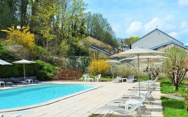 champagne 52 bourbonne les bains hotel orfeuil piscine 5794 3.