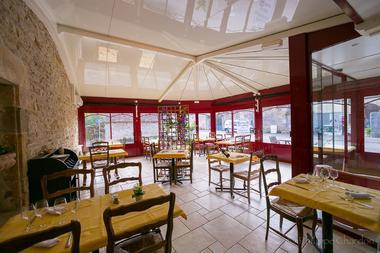 champagne 52 langres saints geosmes jumhotel auberge 3 jumeaux veranda.