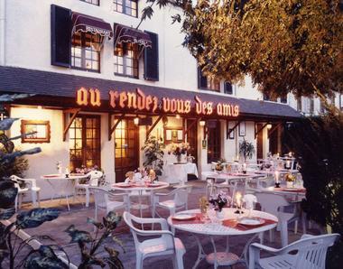 champagne 52 chaumont chamarandes hotel au rendez vous des amis facade 2.