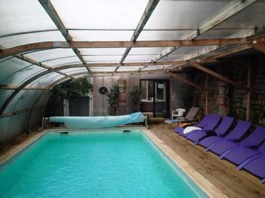 champagne 52 bourbonne les bains hotel herard piscine.
