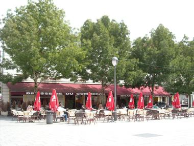 champagne 52 saint dizier hotel le commerce facade 2.