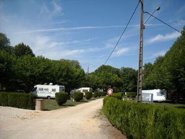 champagne 52 arc en barrois camping le vieux moulin interieur.
