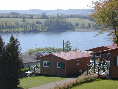 champagne 52 peigney camping le lac de la liez mobilhome lac.