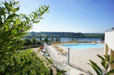 champagne 52 peigney camping le lac de la liez piscine 1.
