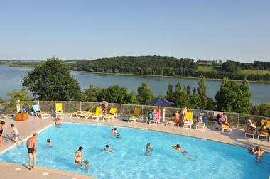 champagne 52 peigney camping le lac de la liez piscine 5.
