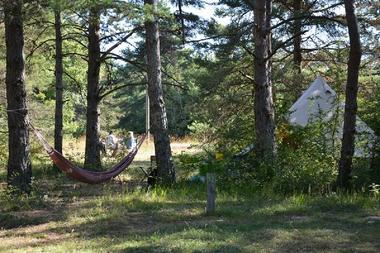 Eco-Camping du Larzac - Millau | Viaduc de Millau, Office de ...