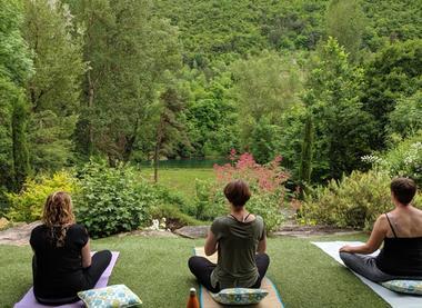 Yoga Gite Emeraude Design & Nature Gorges du Tarn