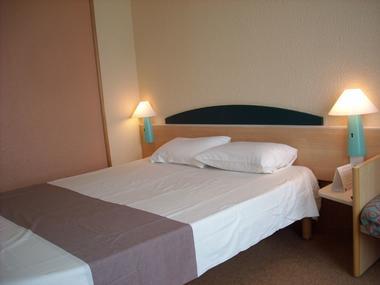 champagne 52 saint dizier hotel ibis classique chambre 3.