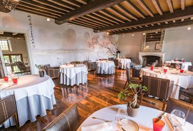 champagne 52 colombey les deux eglises hostellerie la montagne restaurant 1.