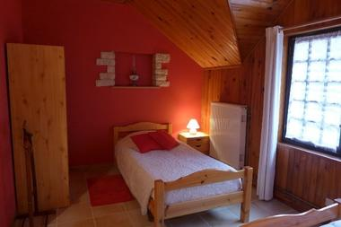 chambre hotes haute marne chalindrey 52g529 chambre 3.