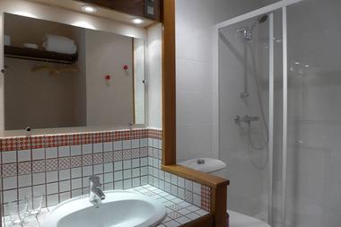 chambre hotes haute marne clinchamp 52g561 salle de bain.