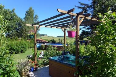 chambre hote haute marne is en bassigny 52g578 jardin.