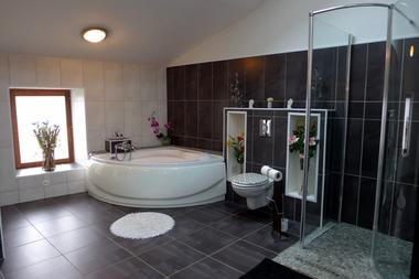 chambre hote haute marne is en bassigny 52g578 salle de bain.