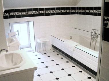 chambre hote haute marne pressigny 52g587 salle de bain.