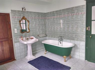 chambres hotes joinville 52h1515 salle bain.
