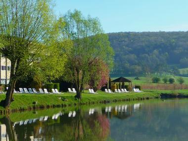 champagne 52 bourbonne les bains hotel le lac la mezelle lac 2011.