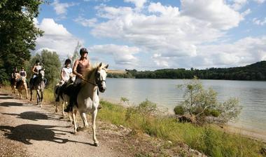champagne haute marne loisirs randonnee centre tourisme equestre lac liez 1.