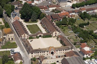 champagne 52 montier en der patrimoine vue aerienne haras mairie la porte du der.