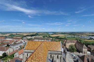 champagne 52 langres patrimoine cathedrale st mammes toit facon bourguignonne phl 6353.