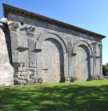 champagne 52 langres patrimoine porte gallo romaine phl 5557.