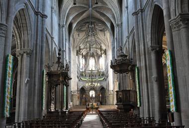 champagne 52 patrimoine religieux basilique saint jean baptiste chaumont .