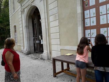 champagne 52 bourdons sur rognon porterie de l ancienne abbaye cistercienne de la crete jardin d hildegarde visite.