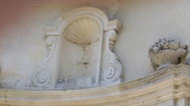 champagne 52 bourdons sur rognon porterie de l ancienne abbaye cistercienne de la crete jardin d hildegarde.