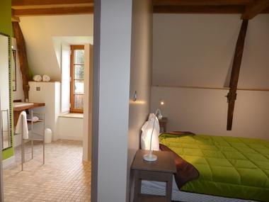 7Domaine des Hayes_Maxent_Appartement_chambre2