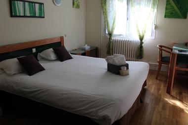 Hôtel-A l'orée de la forêt-Campénéac-Destination-Brocéliande-Bretagne