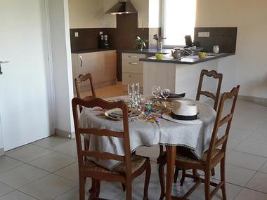 Cuisine séjour -  Gîte Saint-Etienne 2018