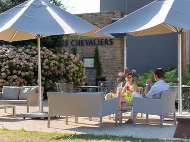Restaurant - Les Chevaliers - terrasse - Ploërmel - Brocéliande - Bretagne